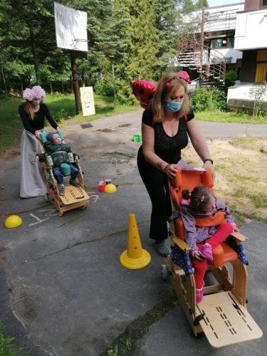 slalom imobilných detí