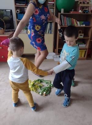 jarný tanec detí
